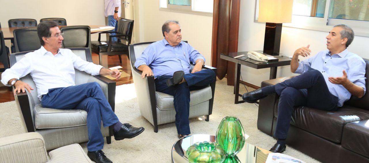 José Eliton - Reunião com deputados e lideranças políticas - Foto Andre Saddi (1)