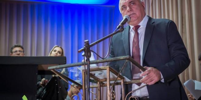 #Goiatuba   UNICERRADO PROMOVE ENTREGA DE JALECOS PARA ACADEMICOS DE MEDICINA